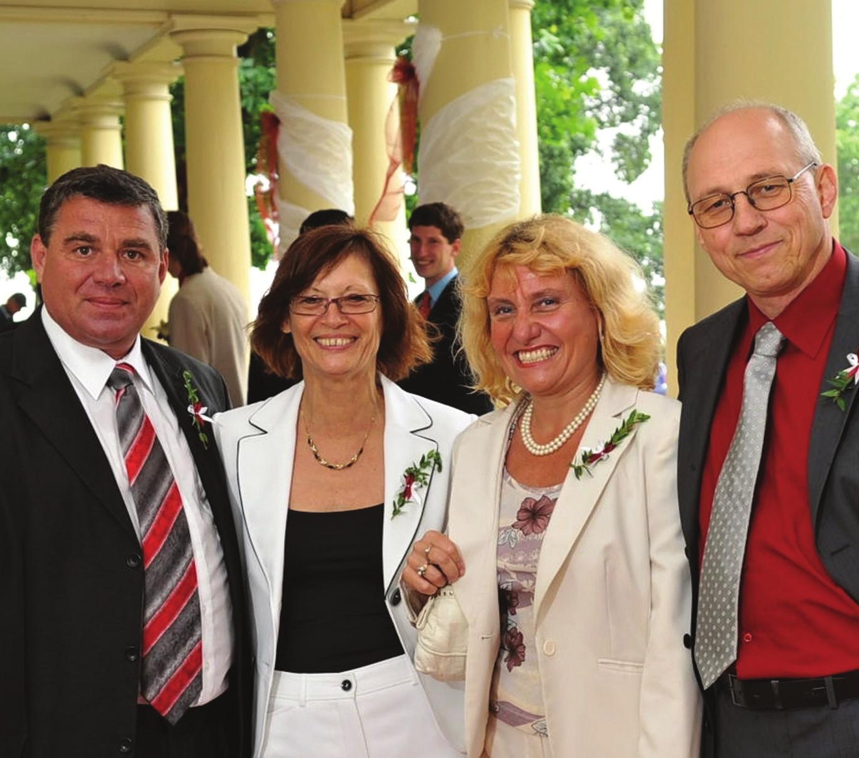 Společné chvíle s prof. Vítovcem i s manželkami Lenkami.