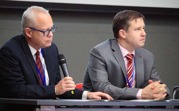 prof. Babjuk a prof. Hora při zahájení sympózia<br> Fig. 1. Professor Babjuk and professor Hora during opening of the symposium