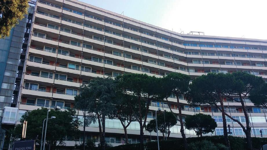 Moderní část nemocnice, tzv. Monobloco.
